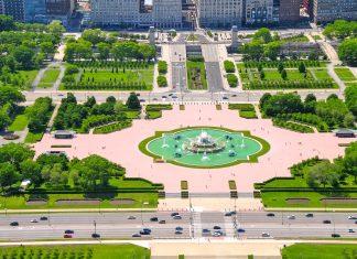 Der Grant Park ist der größte Park der Stadt Chicago und hält neben idyllischem Raum zum Flanieren noch das Art Institute of Chicago und den berühmten Buckingham Fountain bereit - © Richard Cavalleri / Shutterstock