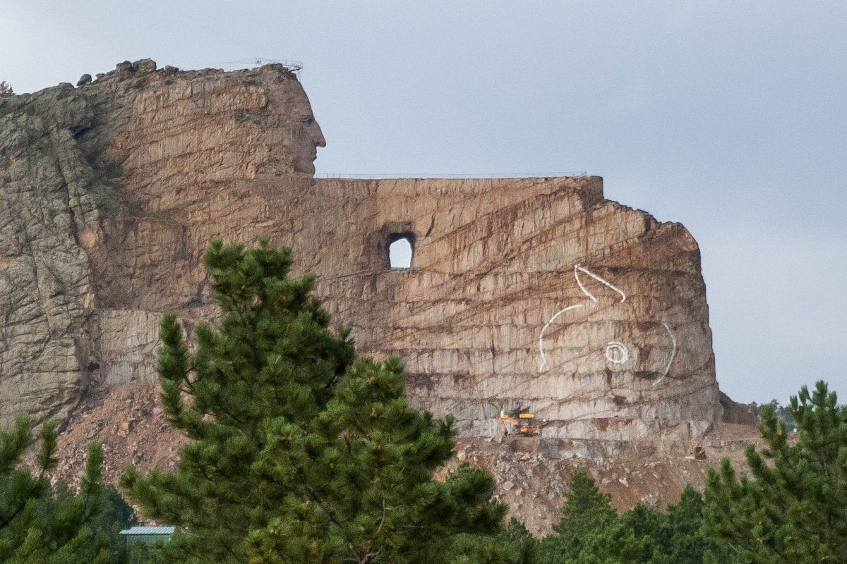 Das Crazy Horse Memorial ist eine gigantische Skulptur des Lakota-Indianerkriegers Crazy Horse, ähnlich der Präsidentenköpfe im Mount Rushmore, South Dakota, USA - © James Camel / franks-travelbox