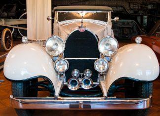 Einer von sechs Bugatti aus den 1930er Jahren im Henry-Ford-Museum, Dearborn, Michigan, USA - © James Camel / franks-travelbox