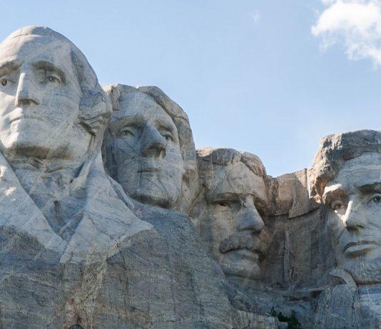 Der Mount Rushmore in den Black Hills im amerikanischen Bundesstaat South Dakota, USA  - © James Camel / franks-travelbox