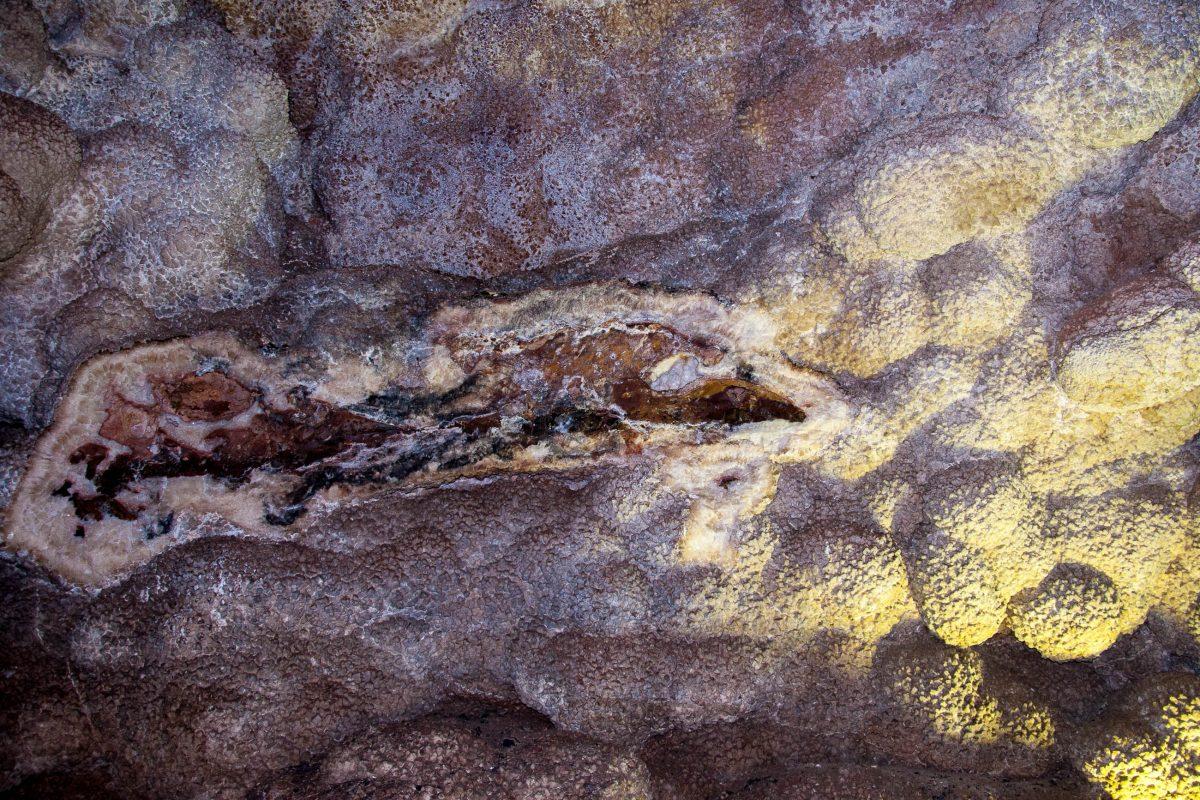 Die spektakuläre Jewel Cave im US-Bundesstaat South Dakota ist zurzeit die drittlängste Höhle der Welt - © James Camel / franks-travelbox