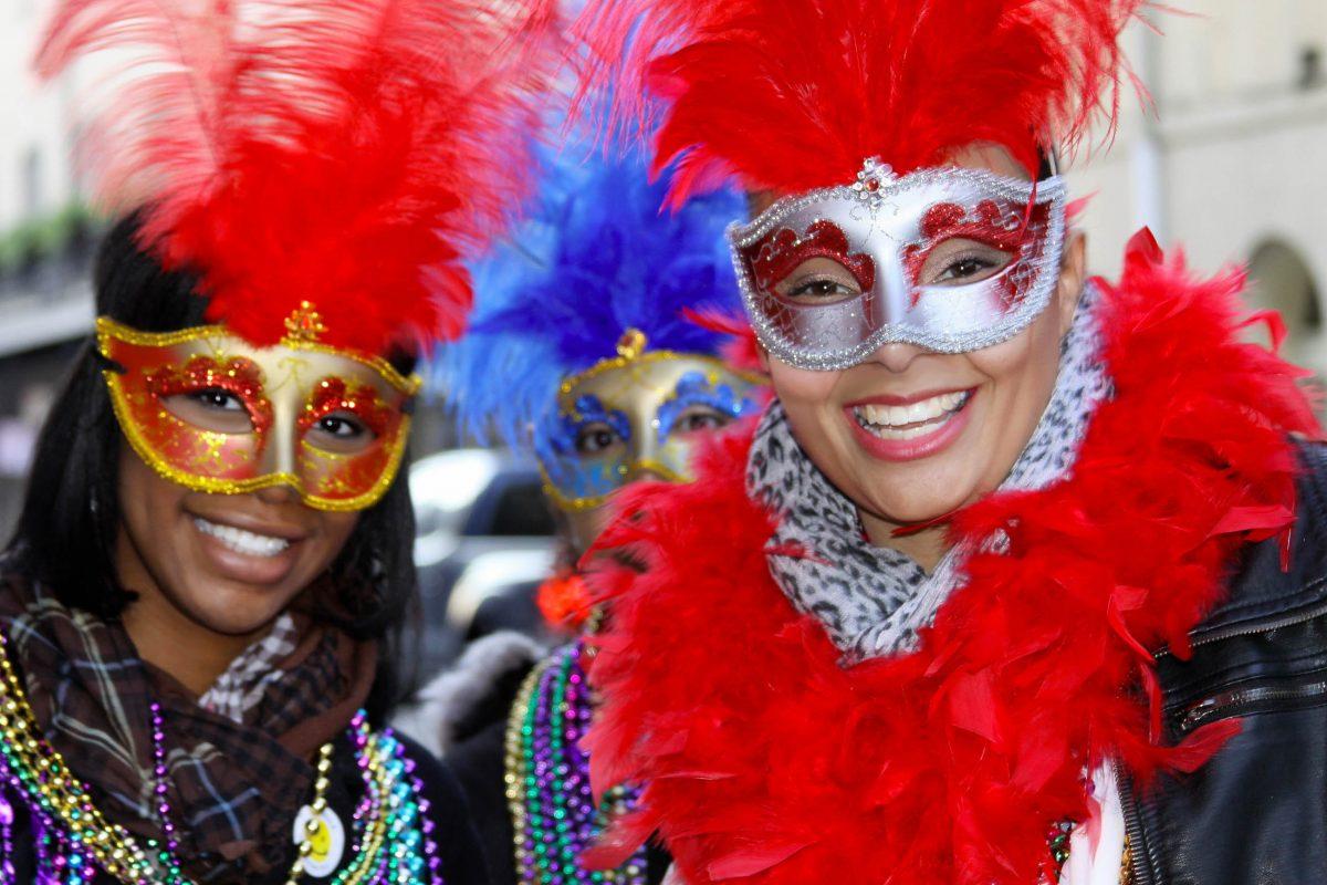 Ein Maskenball im Hotel Marriott von New Orleans beendet das bunte Treiben von Mardi Gras offiziell, USA - © Dustie / Shutterstock