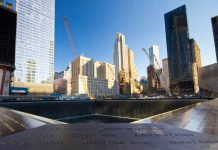 Ground Zero Gedenkstätte, Newy York, USA - © littleny / Shutterstock