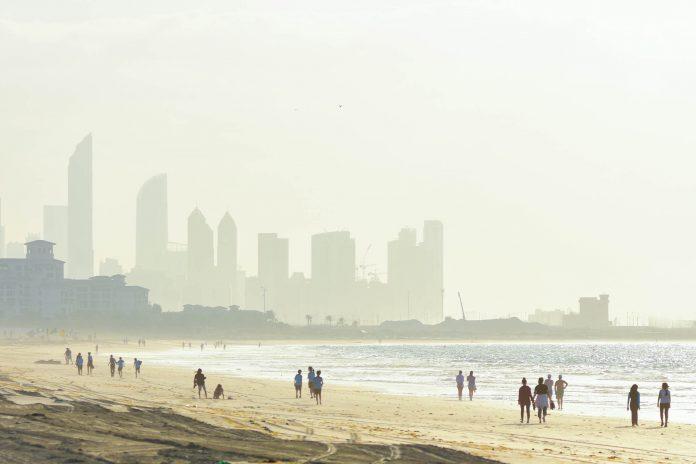 Der Saadiyat Public Beach gilt als schönster Strand von Abu Dhabi, VAE - © Mohamed Rageh / Shutterstock