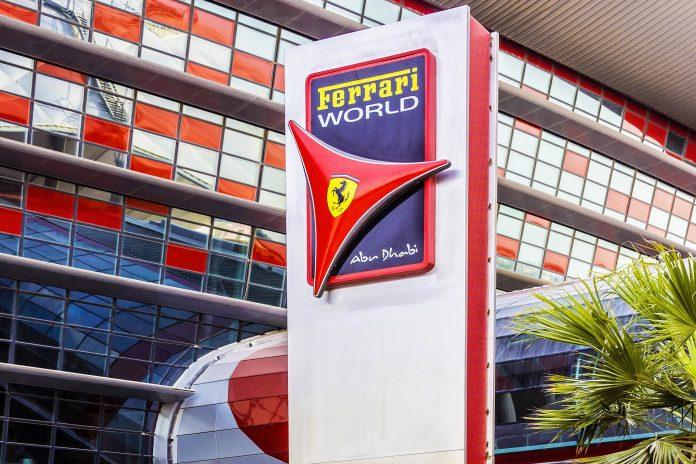 Egal ob Ferrari Fan oder nicht, ein Besuch in der Ferrari World darf bei keiner Abu Dhabi-Reise fehlen, VAE - © Kiev.Victor / Shutterstock