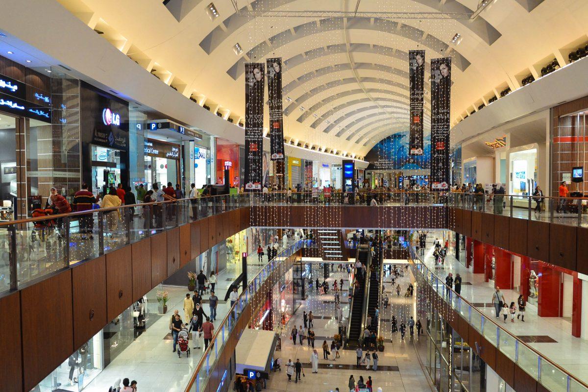 In der Dubai Mall finden sich die exquisitesten Marken aus dem internationalen Bereich, Dubai, VAE - © FRASHO / franks-travelbox