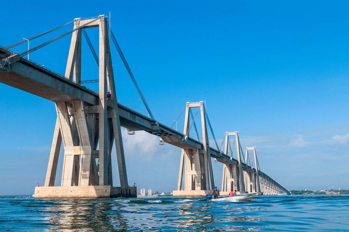 Die 8,7km lange General Rafael Urdaneta Brücke über den Maracaibo-See in Venezuela ist die größte Betonbrücke der Welt - © The Photographer CC0 1.0/PD/Wiki