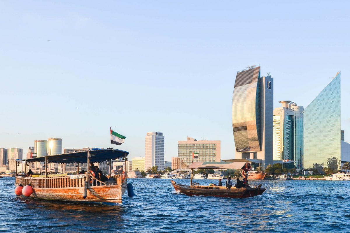 Der Dubai Creek befindet sich zwischen den beiden Stadtteilen Bur Dubai und Deira und zählt zu den meistbesuchten Sehenswürdigkeiten von Dubai, VAE - © FRASHO / franks-travelbox