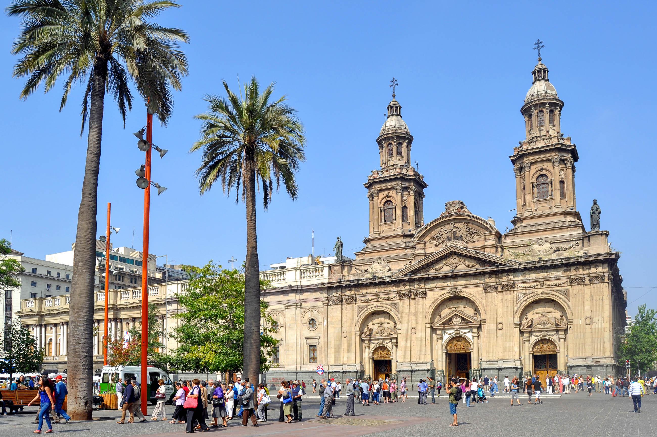 Catedral metropolitano in santiago de chile chile for Architektur chile
