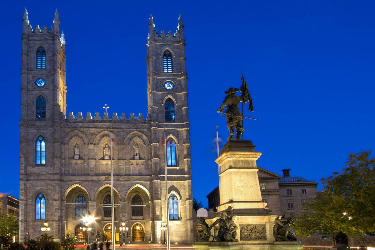 Basilika Notre Dame bei Nacht, Montreal, Kanada - © Vlad G / Shutterstock