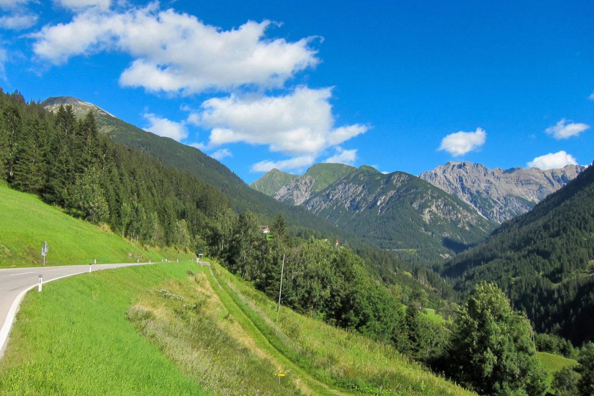Die breitgefächerte Auswahl an Ausflugs- und Wanderzielen macht den Urlaub im Lechtal für Groß und Klein interessant, Österreich - © FRASHO / franks-travelbox