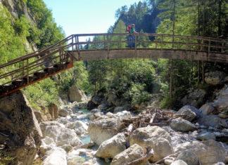 Die Brücken und Wege in der Garnitzenklamm werden vom Kärntner Alpenverein Hermagor instandgehalten, Österreich - © FRASHO / franks-travelbox