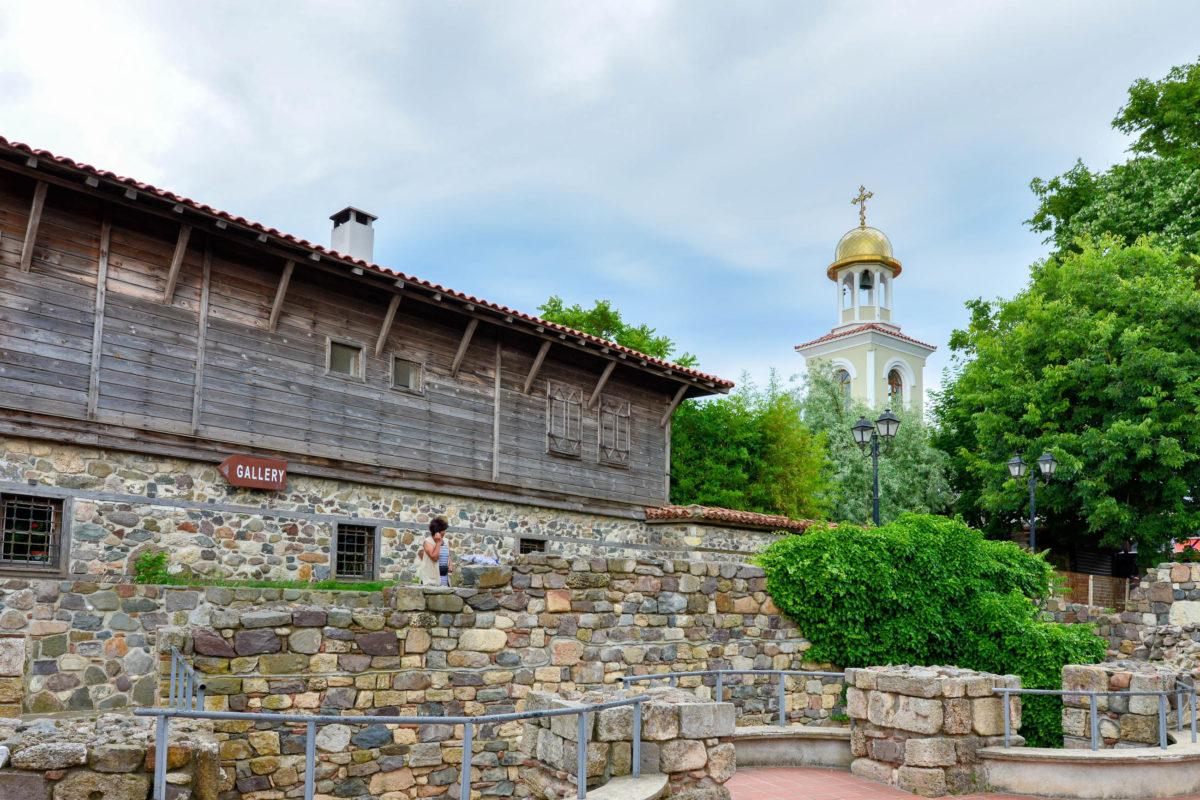 Von den einst über 30 Kirchen in Sozopol blieben nach der Türkenherrschaft an der Küste Bulgariens nur 4 bestehen - © FRASHO / franks-travelbox