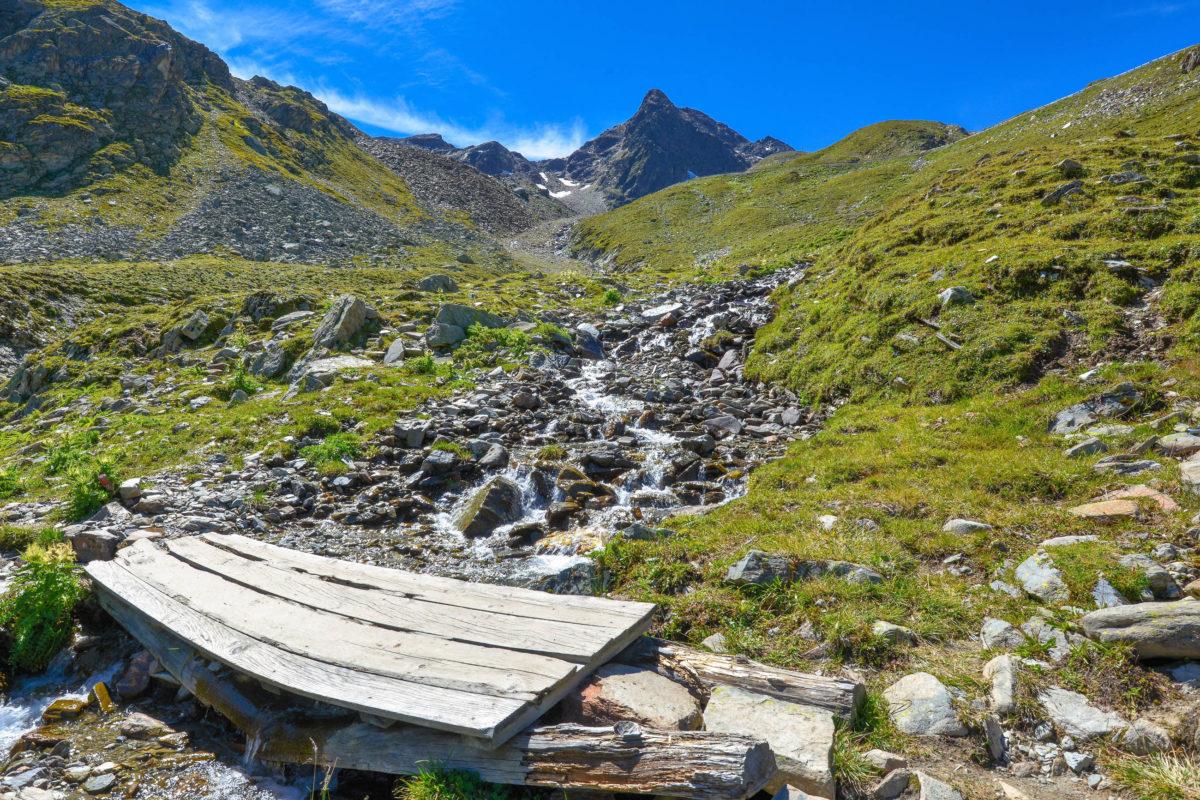 150.000 Tirol-Urlauber und Ausflügler genießen den Komfort der Kaunertaler Gletscherstraße in Tirol, Österreich, jedes Jahr mit PKW, Bus, Fahrrad oder Motorrad - © FRASHO / franks-travelbox