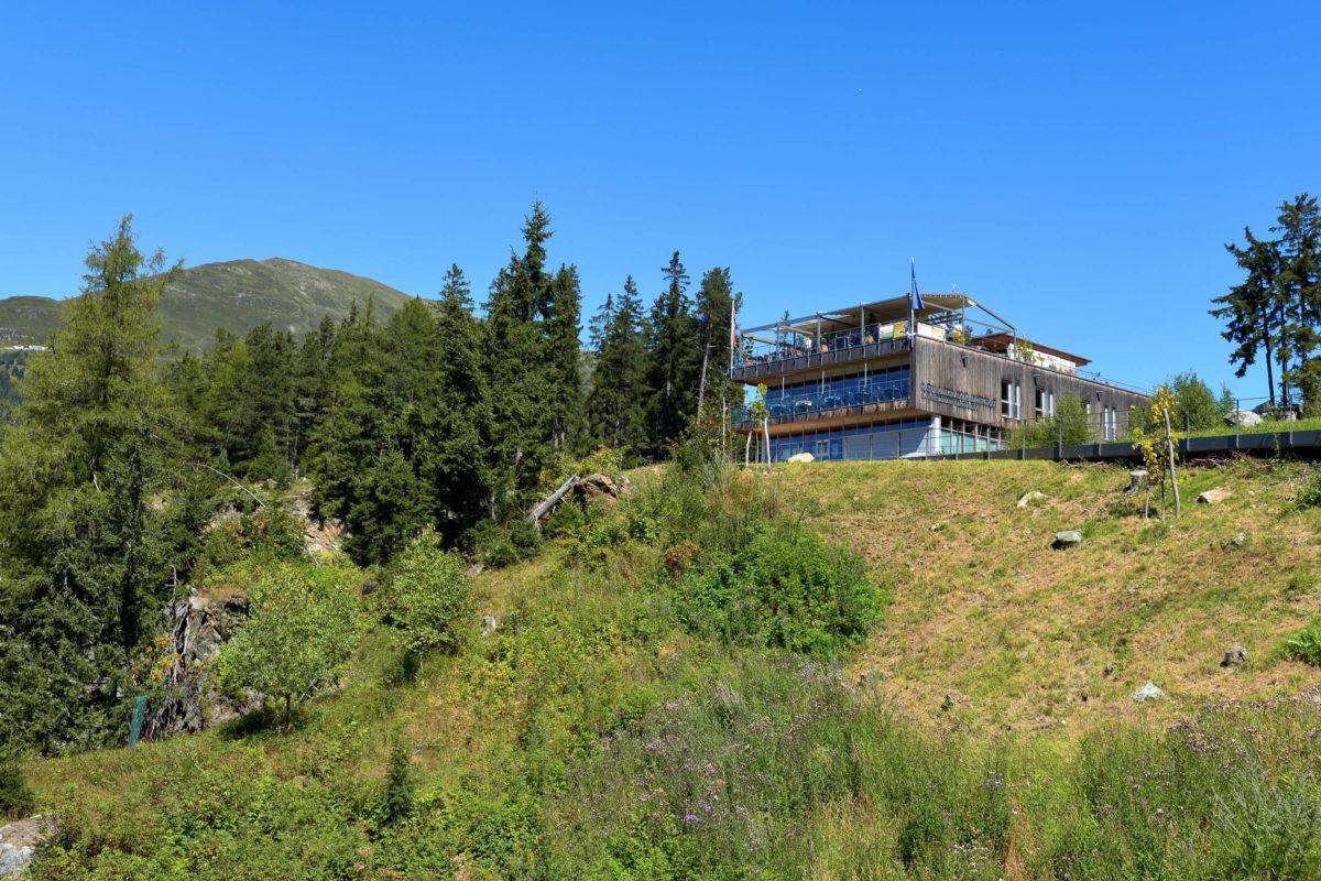 """Am """"Gachenblick"""" steht seit 2007 Tirols erstes Naturparkhaus, welches den Naturpark Kaunergrat mit all seinen Facetten vorstellt, Österreich - © FRASHO / franks-travelbox"""