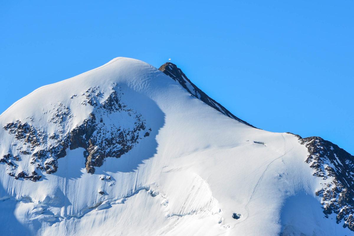 Der Pitztaler Gletscher gilt mit seinen schroffen Hängen als anspruchsvollstes Skigebiet Österreichs - © FRASHO / franks-travelbox
