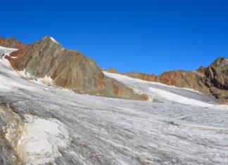 Der Pitztaler Gletscher ist als Österreichs höchstes Skigebiet ein Ort der Superlative - © FRASHO / franks-travelbox