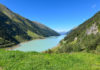 Der türkisblaue Gepatschstausee liegt an der Kaunertaler Gletscherstraße in Tirol bei Kilometer 23 auf einer Seehöhe von 1765 Metern, Österreich - © FRASHO / franks-travelbox
