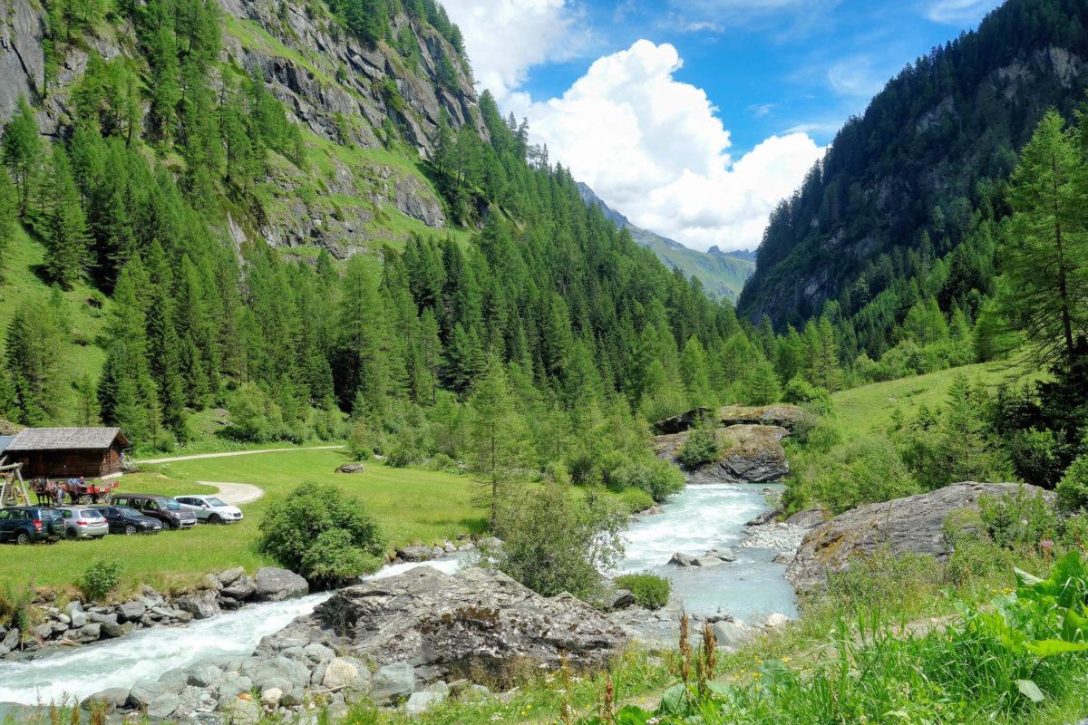 Wer möchte, kann die Strecke von Ströden zu den Umbalfällen auch ganz idyllisch mit der Pferdekutsche zurücklegen, Österreich - © FRASHO / franks-travelbox