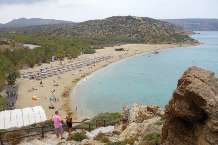 Der Palmenstrand von Vai auf Kreta, Griechenland, verströmt Urlaubsfeeling wie in den Tropen - © FRASHO / franks-travelbox