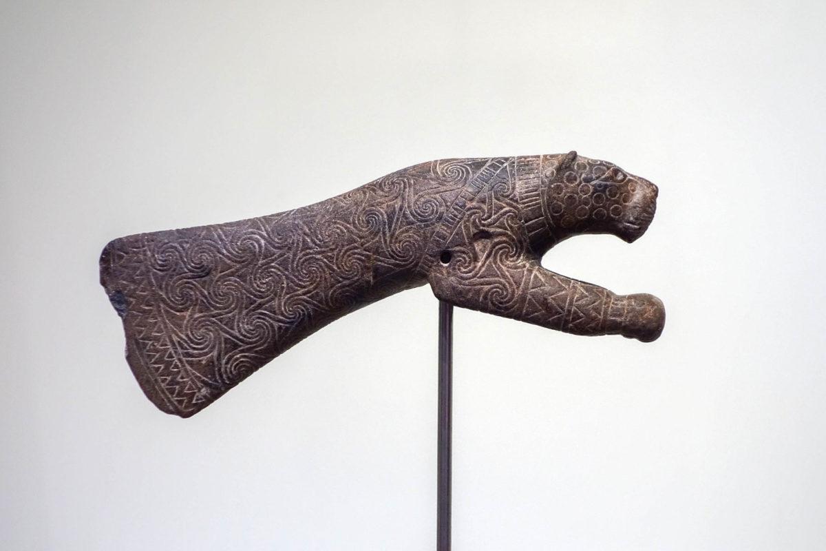 41b1ff4ba2aa83 griechenland-heraklion-die-haupt-fundorte-der-exponate-im-archacc88ologischen-museum-auf-kreta-griechenland-sind-knossos-phaistos-agia-triada-und-kato-  ...