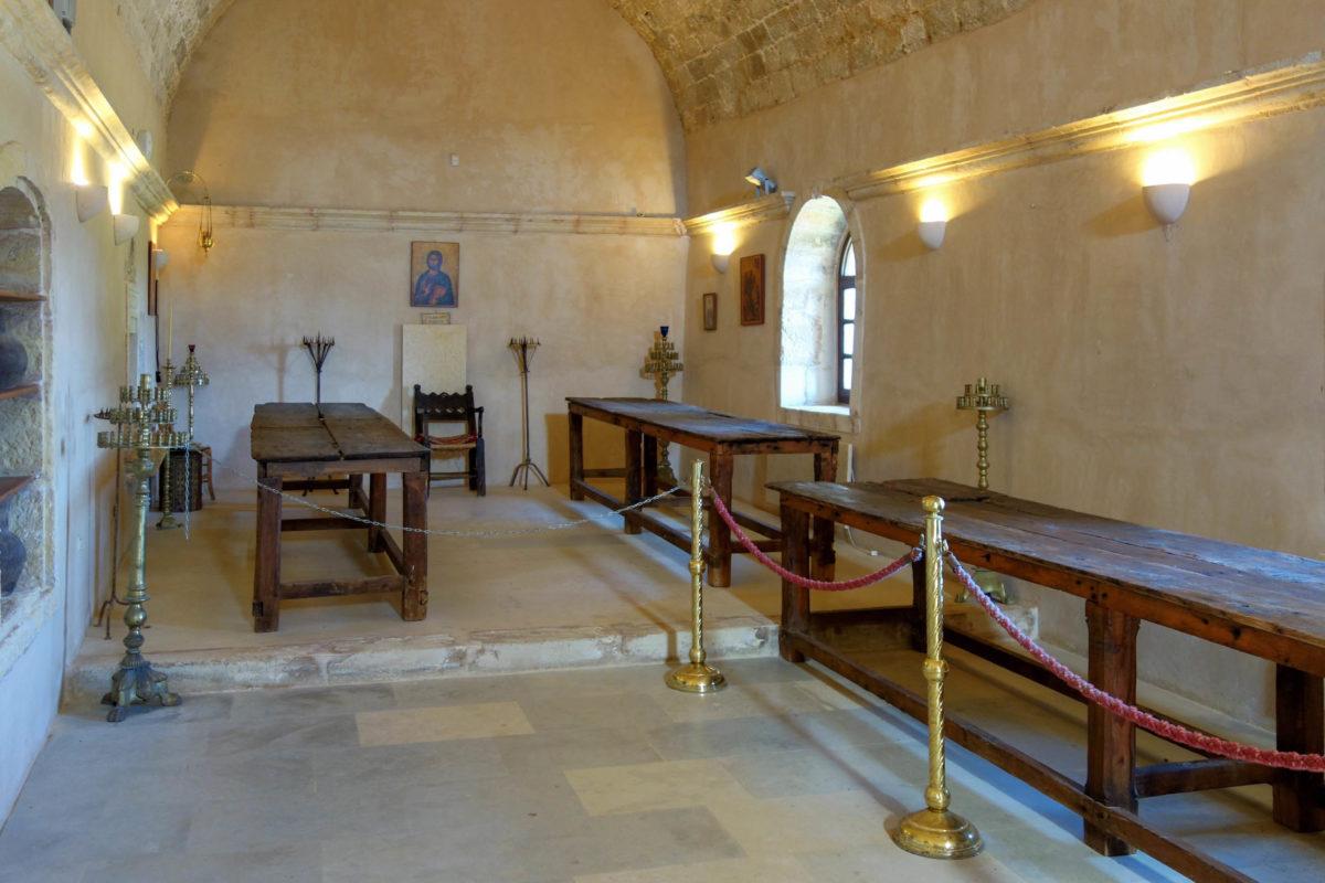 Im ehemaligen Speisesaal des Arkadi-Klosters auf Kreta, Griechenland, wurden während des Aufstandes 36 Kreter niedergemetzelt - © FRASHO / franks-travelbox