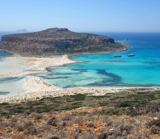 Türkisblaues Meer und heller feiner Sand bieten in der Lagune von Balos perfekte Voraussetzungen für einen gelungenen Bade-Urlaub auf Kreta, Griechenland - © FRASHO / franks-travelbox
