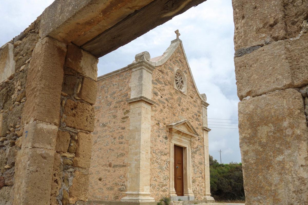 Die jüngsten Fresken im Kloster Toplou auf Kreta, Griechenland, entstanden in den 1990er-Jahren und können nach Absprache mit dem Abt besichtigt werden - © FRASHO / franks-travelbox