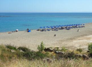 Mit ihren weitläufigen Sanddünen zählt die Küste bei Frangokastello zu den schönsten Strandabschnitten von Kreta, Griechenland - © FRASHO / franks-travelbox