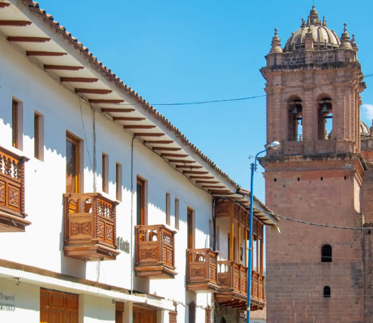 Die ehemalige Inka-Hauptstadt Cusco ist heute das touristische Zentrum von Peru - © flog / franks-travelbox