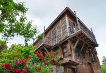Die idyllische Hafenstadt Sozopol an der Ostküste Bulgariens wurde bereits in der Antike gegründet und lockt mit historisch wertvoller Architektur - © FRASHO / franks-travelbox
