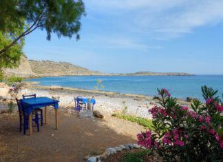 Das kleine Lykos im Süden von Kreta, Griechenland, besticht mit völliger Abgeschiedenheit und einem kristallklaren Meer, dessen Ruhe kaum gestört wird - © FRASHO / franks-travelbox