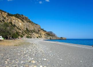 Der Strand von Sougia ist einer der wenigen Orte auf Kreta, wo campen am Strand erlaubt ist, Griechenland - © FRASHO / franks-travelbox