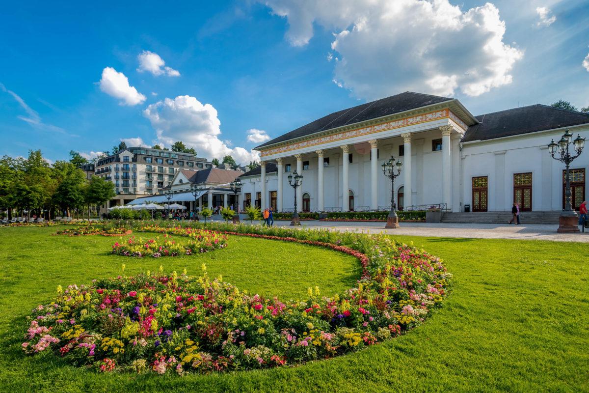 Seit den Anfangstagen des Glücksspiels in Baden-Baden findet die Spielbank ihren Sitz im Kurhaus, Deutschland - © pure-life-pictures / stock.adobe.com