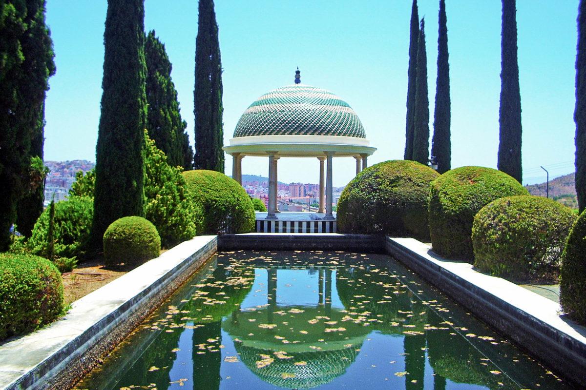 Der bekannteste Park in Malaga, Spanien ist der Botanische Garten namens La Concepción aus dem Jahr 1855 - © 1st-ArtZone / Shutterstock