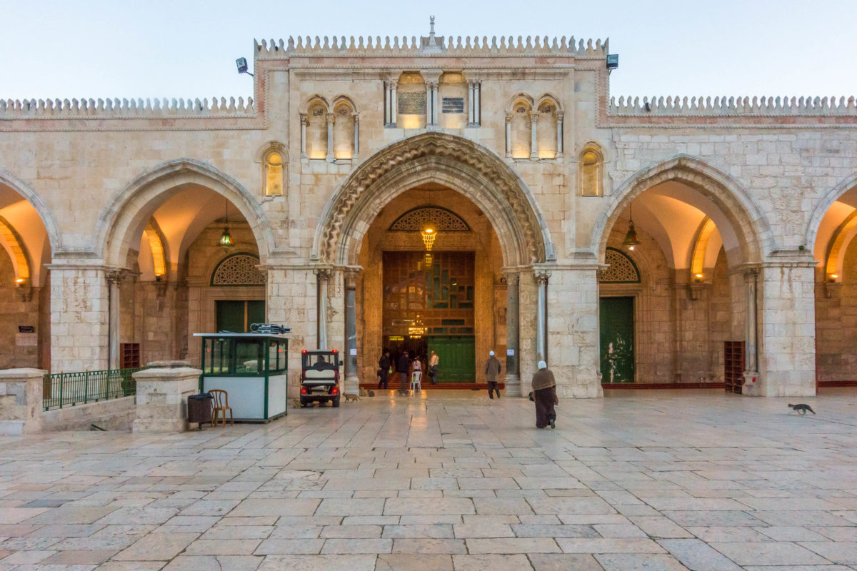 Die Al Aqsa-Moschee in Jerusalem darf seit einem Beschluss der israelischen Behörden auch von Nicht-Muslimen besichtigt werden, Israel - © Danial Abdullah / Shutterstock