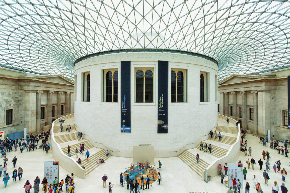 Das British Museum in London zeigt die Geschichte der gesamten Menschheit, vom alten Ägypten über die Blütezeit der Griechen bis zur Gegenwart - © Anna Levan / Shutterstock