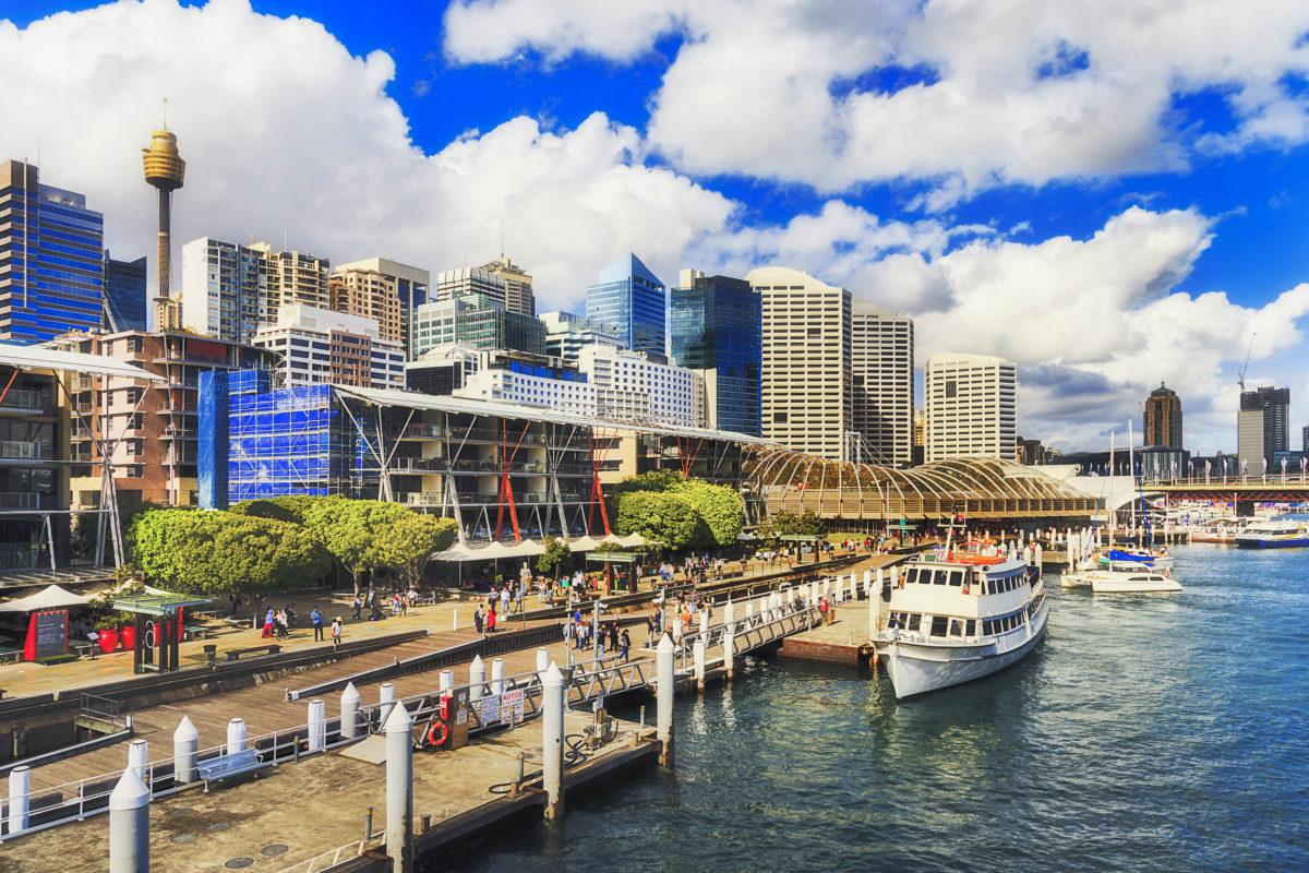 Ein ideales Basislager für Urlaub in Sydney ist Darling Harbour zwischen Chinatown und dem Darling Point, Australien - © Taras Vyshnya / Shutterstock