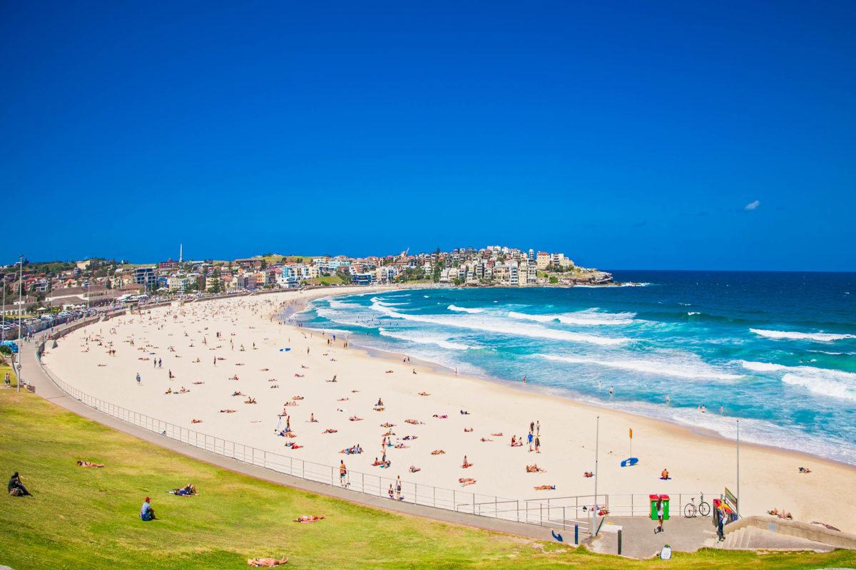 Wer in Sydney Strandurlaub machen möchte, kommt am Bondi Beach nicht vorbei, Australien - © Aleksandar Todorovic / Shutterstock