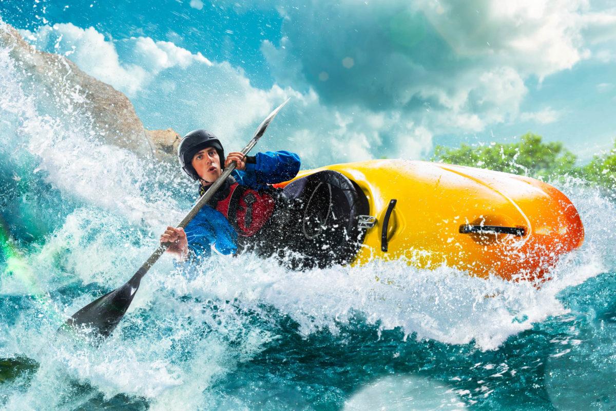 Auf der Suche nach Abenteuern ist man beim Kajak fahren auf wilden Flüssen mit Stromschnellen richtig aufgehoben - © VIAR PRO studio / stock.adobe.com